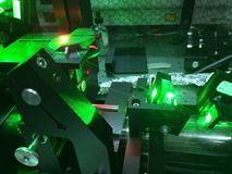 Install the high resolution wavelength tunable laser-1